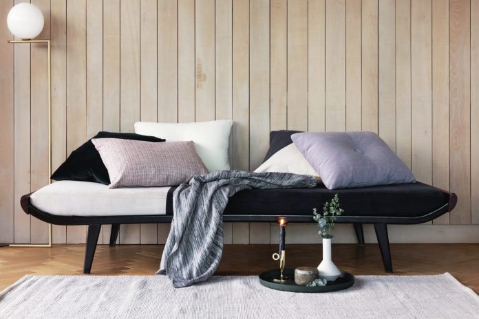 """Obklad z drevených dosiek """"shiplap"""" je vyhľadávaným u zahraničných  dizajnérov. Foto  Amara 7206aad46b5"""
