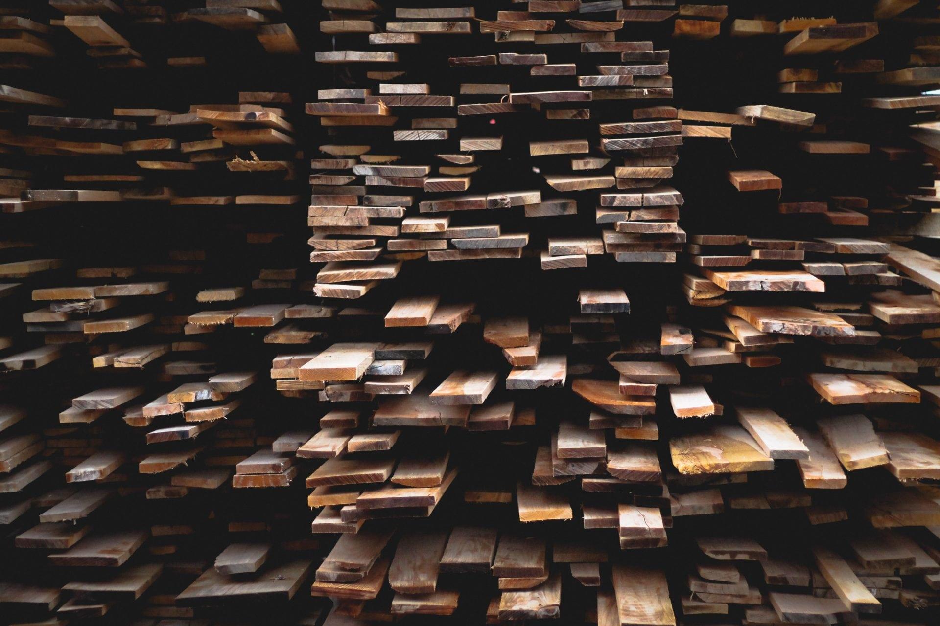 dokazete-nakupit-spravne-drevo-na-svoj-altanok-alebo-plot