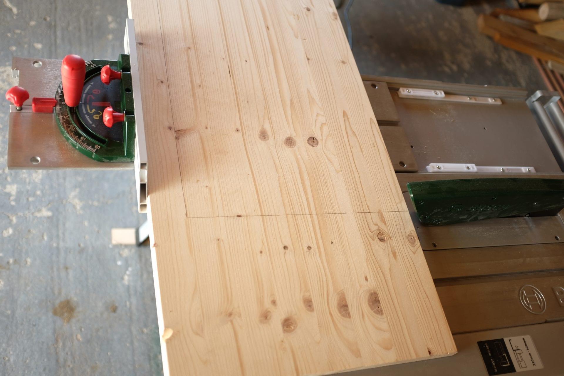 praca-s-drevom-bruska-hladky-povrch-dreva
