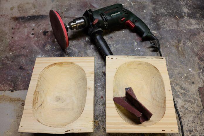 drevo-karbobruska-vtacie-krmidlo-dlato-brusenie-bruska