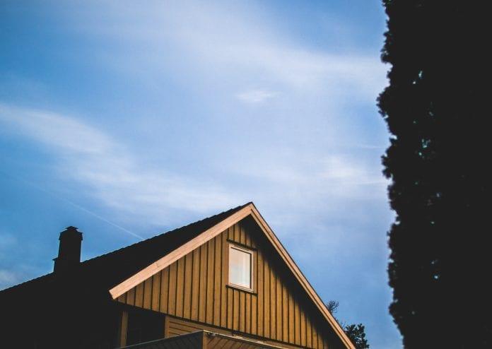 strecha-drevene-sindle-domcek-chata