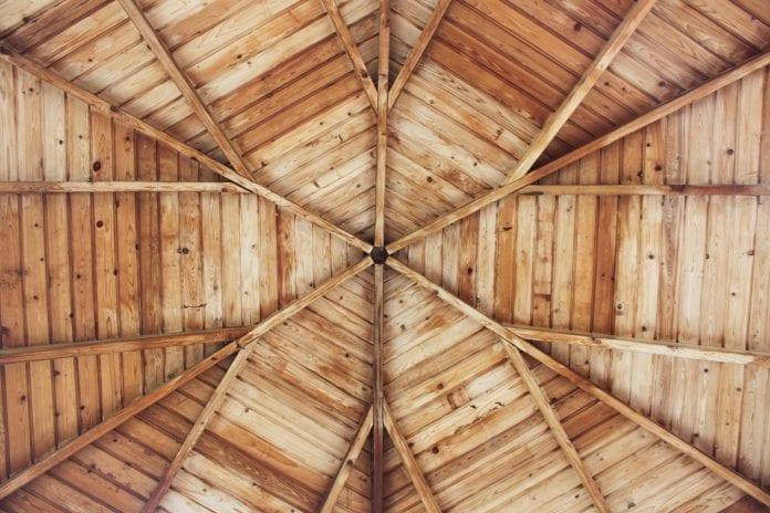 tatransky-profil-dreveny-strop-drevodom-chata-chalupa-ochranny-nater-prirodzeny-vzhlad