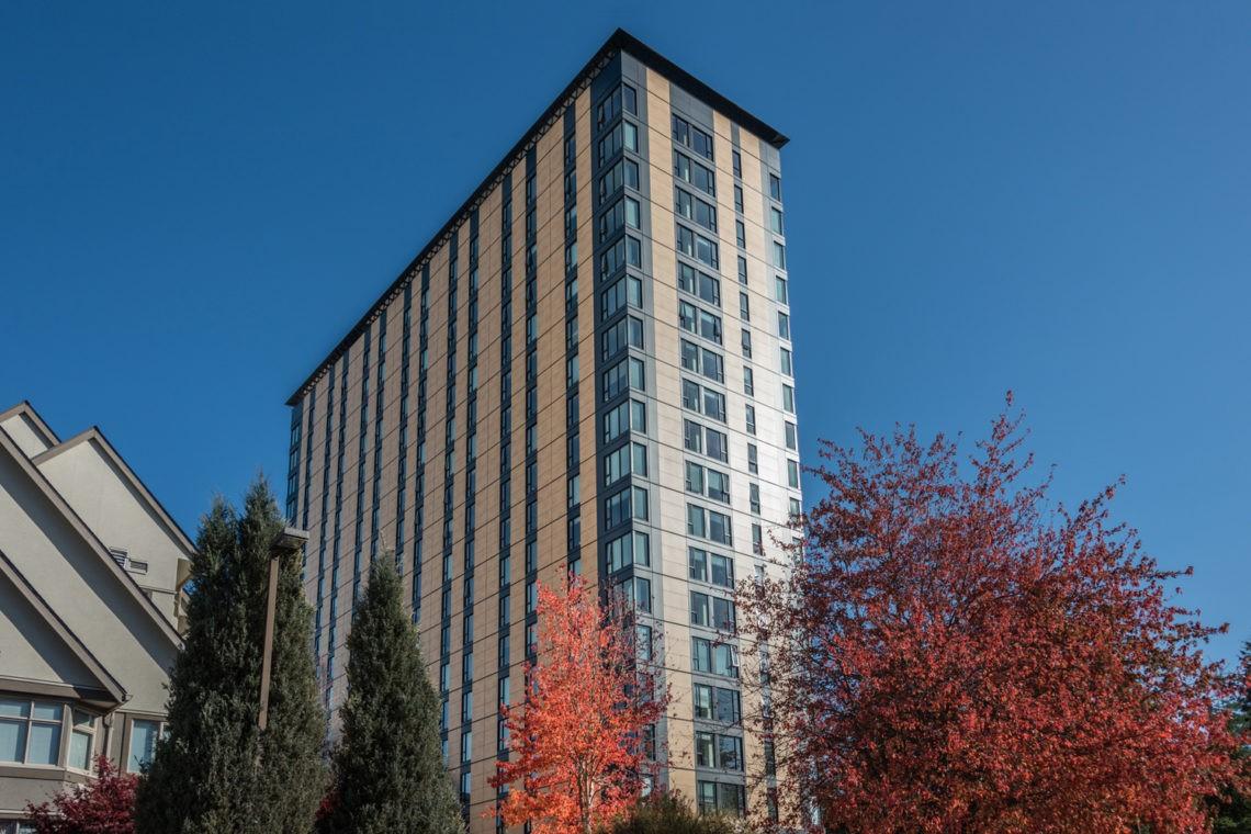 brock-commons-talwood-hous-stavba-drevo-internat-kanada-vancouver
