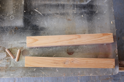 dielna-drevene-hranoly-nohy-cela-koliky