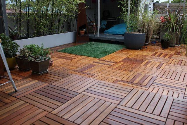 dlazdice-drevo-zahrada-terasa