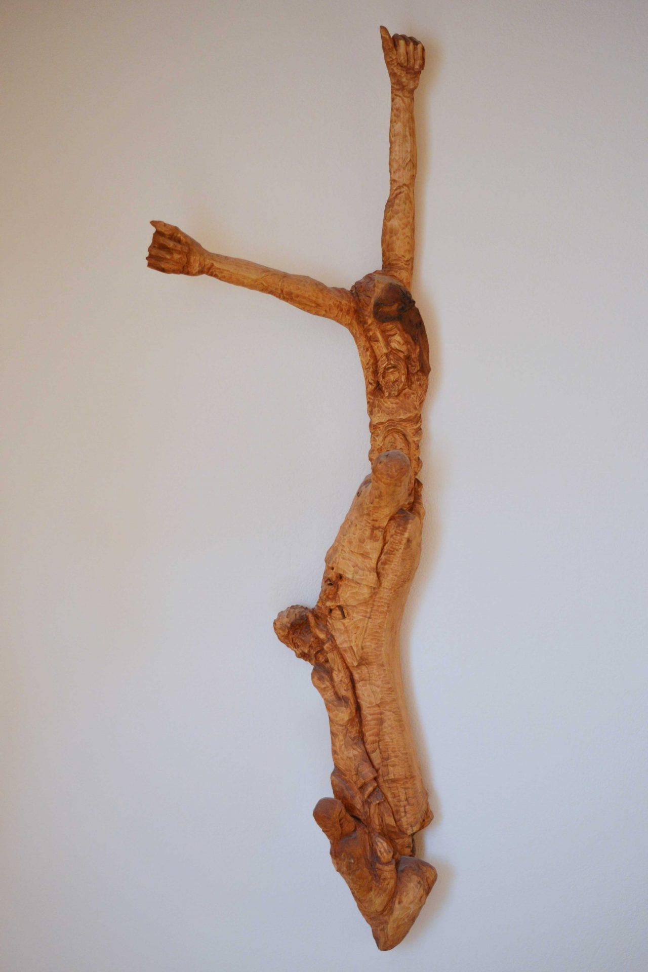 drevena-socha-umenie-drevorezba-jezis-kristus