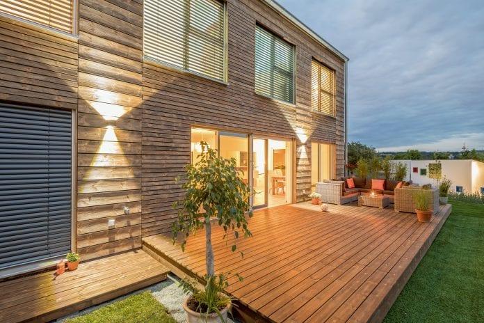 Terasový olej na drevo, drevená terasa