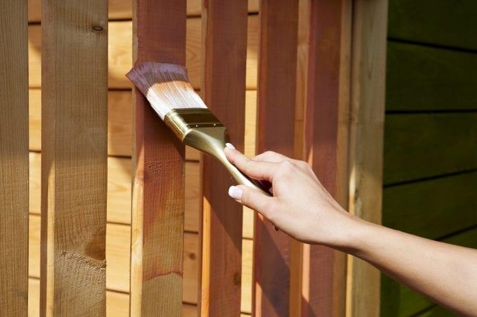 drevené zábradlie starostlivosť